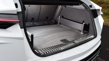Lamborghini Urus - boot