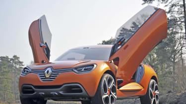 Renault Captur front doors