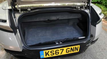 Aston Martin DB11 Volante - boot