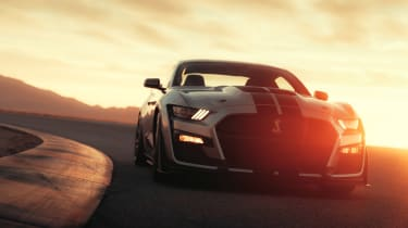 Ford Mustang Shelby GT500 - full front action