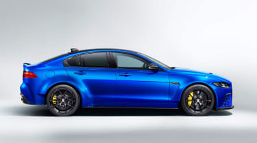 Jaguar XE SV Project 8 Touring - side static