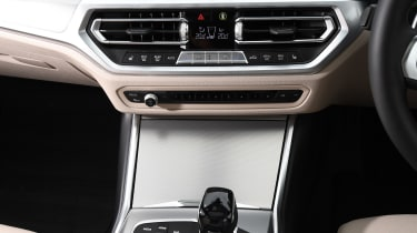BMW 3 Series Touring - centre console