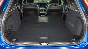 Volvo V60 T8 Twin Engine - boot seats down