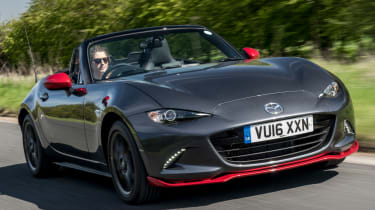 Mazda MX-5 Icon - grey front tracking
