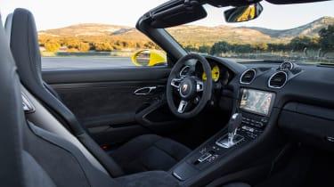 Porsche 718 Boxster GTS - interior