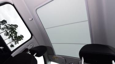 Peugeot 2008 - sunroof