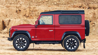 Land Rover Defender Works V8 - side static
