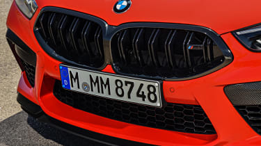 BMW M8 - grille