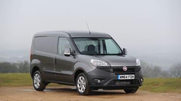 Fiat Doblo Cargo van 2015 - front static