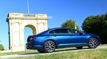 Volkswagen Passat - rear static