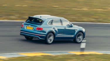 Bentley Bentayga Speed - action