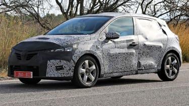 Renault Clio - spy front