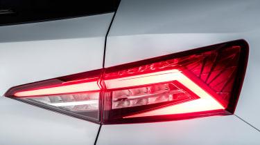 Skoda Kodiaq SUV 2016 - white rear light