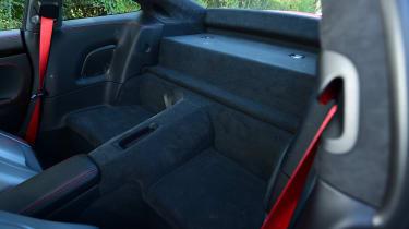 Porsche 911 Carrera T - back seats