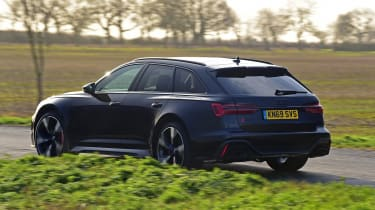Audi RS 6 - rear action