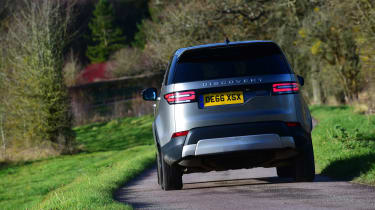 Land Rover Discovery Mk5 - rear