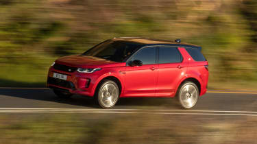 Land Rover Discovery Sport - front action