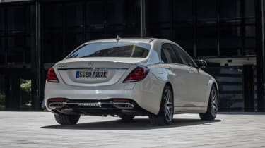 Mercedes S 560 e - rear static