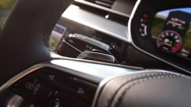 Audi A8 55 TFSI - steering wheel detail