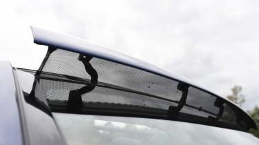 Mercedes C-Class Cabriolet -  wind cheat