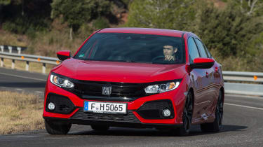 Honda Civic 2017 red - front cornering