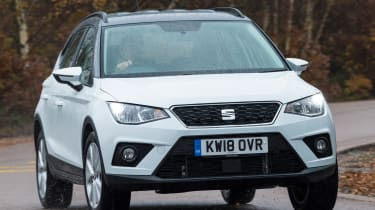 seat arona driving front