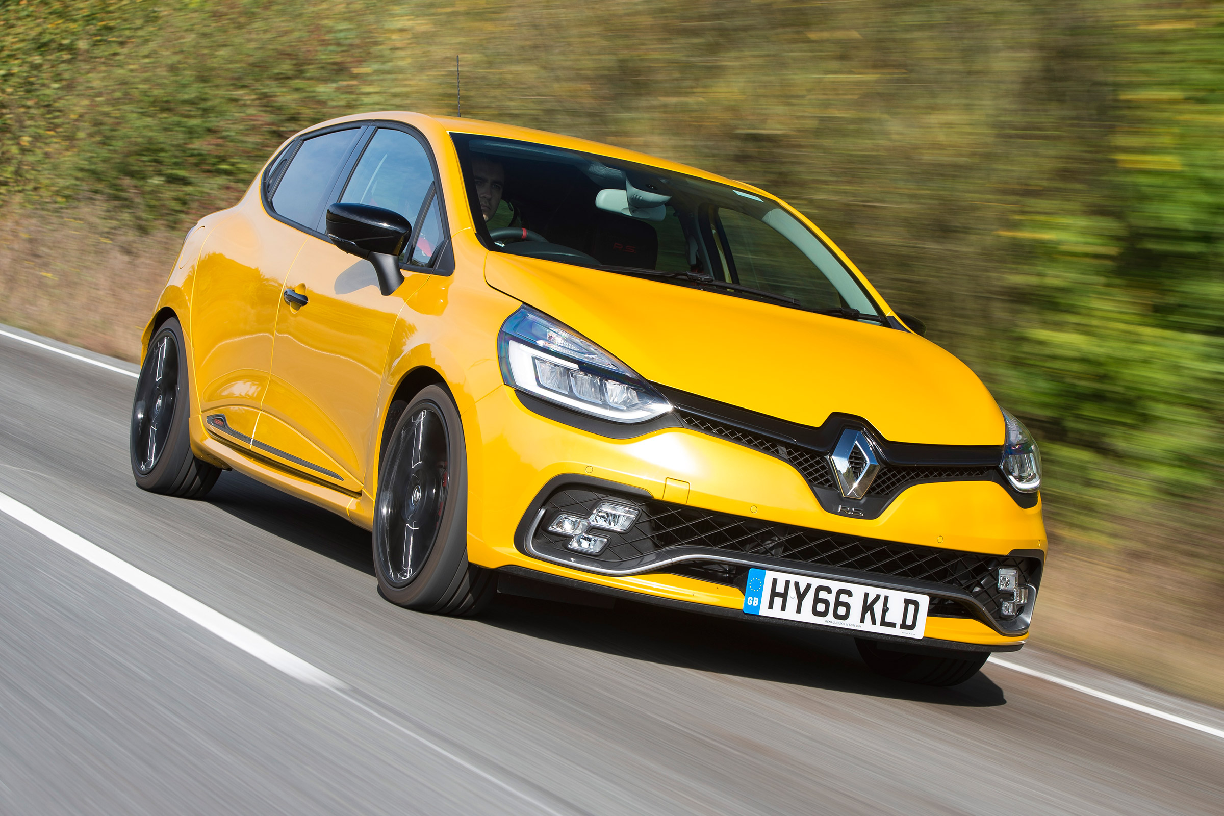 Renault Clio Renaultsport 220 Trophy 2016 Review Auto Express