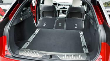 Range Rover Velar - boot seats down