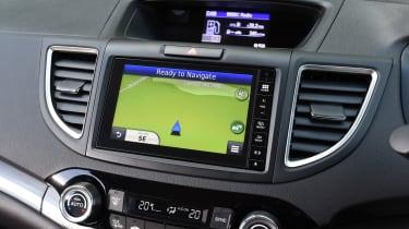 Honda CR-V Black Edition 2016 - infotainment