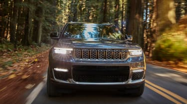 Jeep Grand Cherokee grille