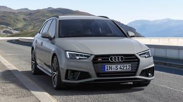 Audi S4 Avant - front action