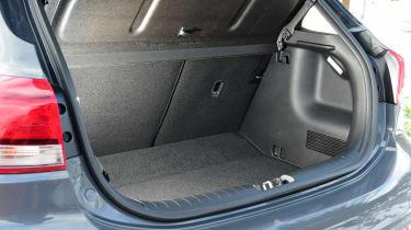 Kia Rio facelift - boot