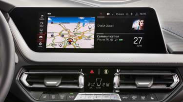 BMW M135i 2019 screen