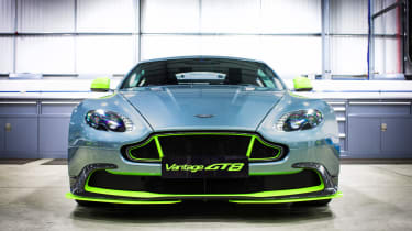 Aston Martin Vantage GT8 - front