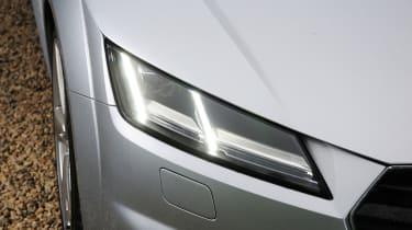 Audi TT - lights
