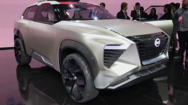 Nissan Xmotion - Detroit front/side
