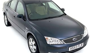 Front view of Ford Mondeo
