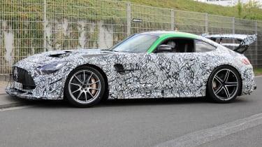 Mercedes AMG GT R Black Series - side tracking spy