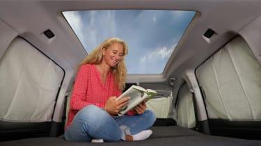 VW Caddy California - interior