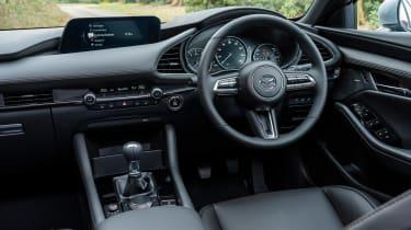 Mazda 3 e-SkyActiv X - cabin