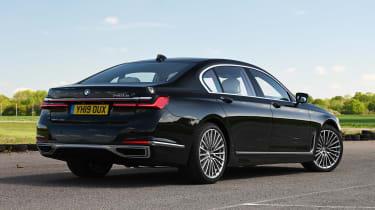 BMW 745Le xDrive - rear static