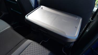 VW Tiguan - tray table