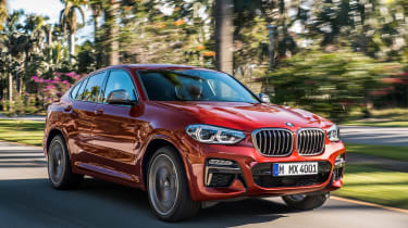 BMW X4 - front action