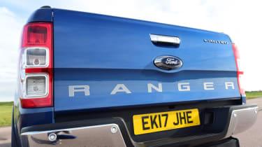 Ford Ranger - tailgate