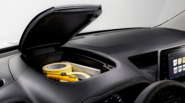 Vauxhall Combo - storage