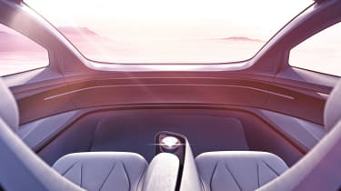 Volkswagen I.D Vizzion - dash