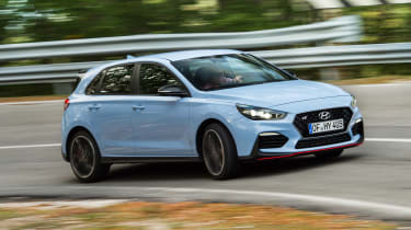 Hyundai i30 N - front/side action