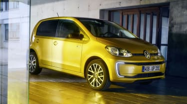 VW e-up - studio]