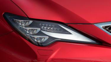 Lexus RC 300h F-Sport headlight
