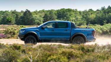 Ford Ranger Raptor - side off-road